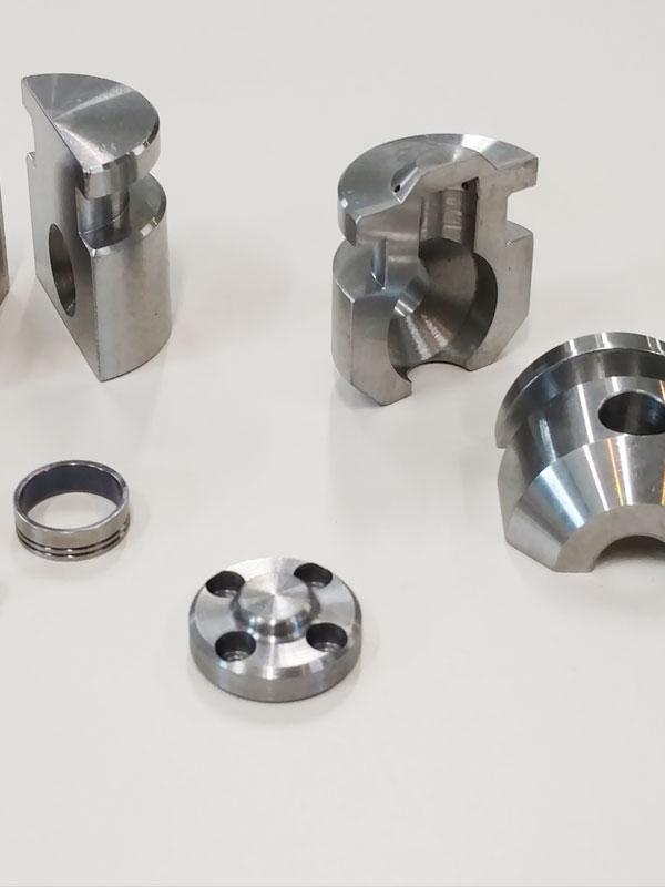 Close tolerance CNC Milling